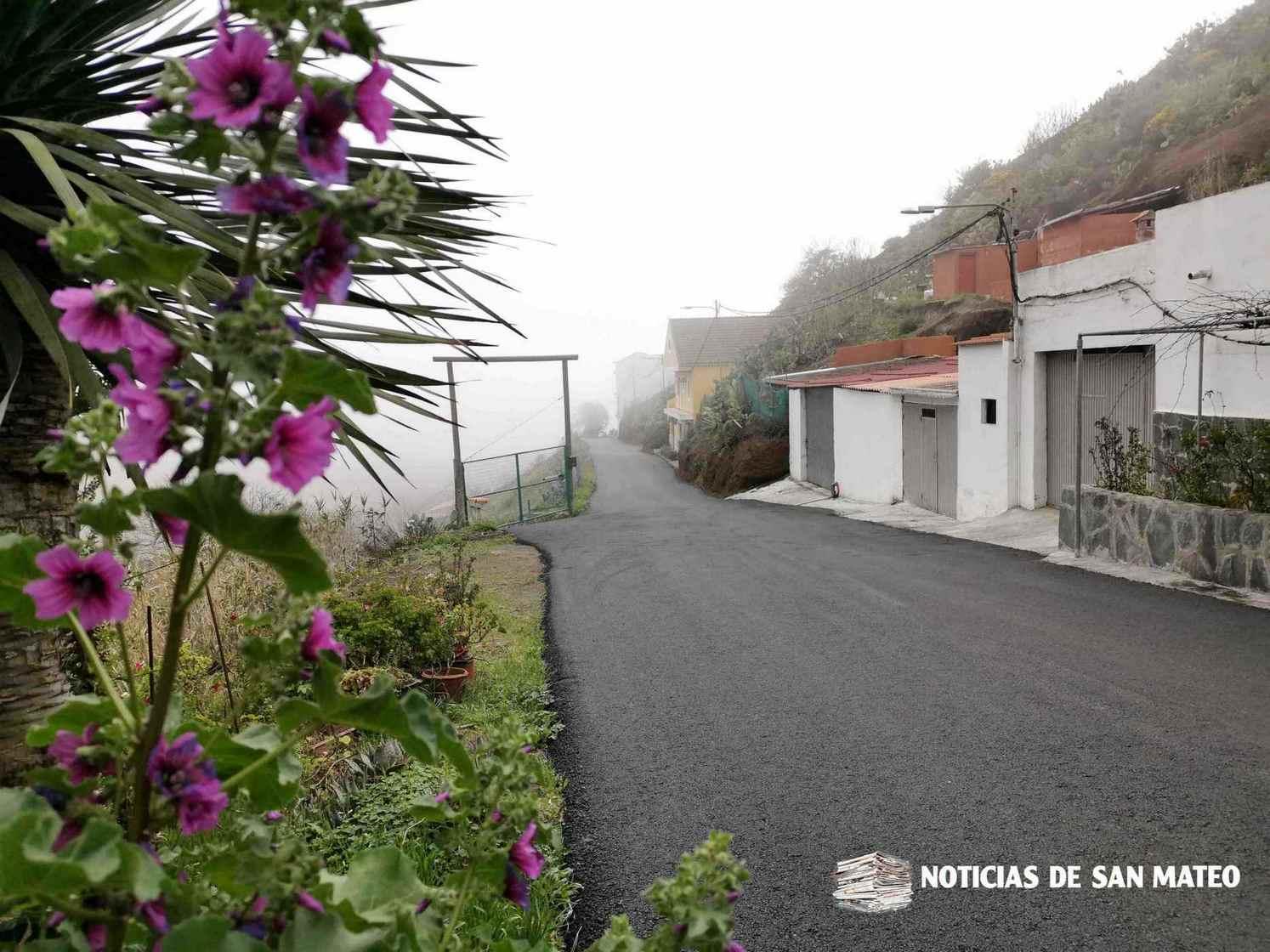 Finalizada tareas de reafaltado en Camaretas dirección carretera de la Hoya variante Aula de la naturaleza 2