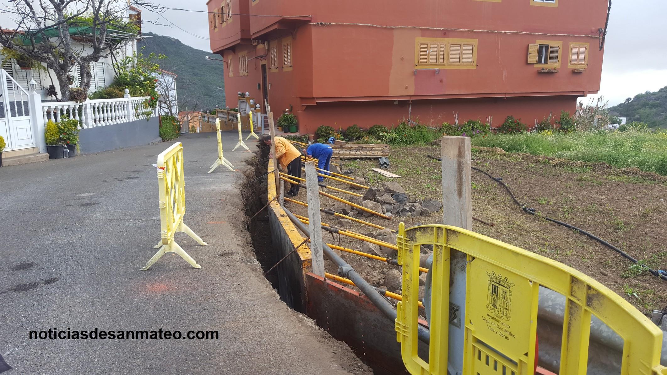 Reparacion muro Las Lagunetas 5 de mayo de 2016