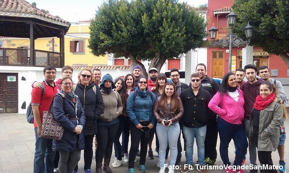 Alumnos San Cristobal en San Mateo Febrero de 2016 Foto TurismoVegadeSanMateo