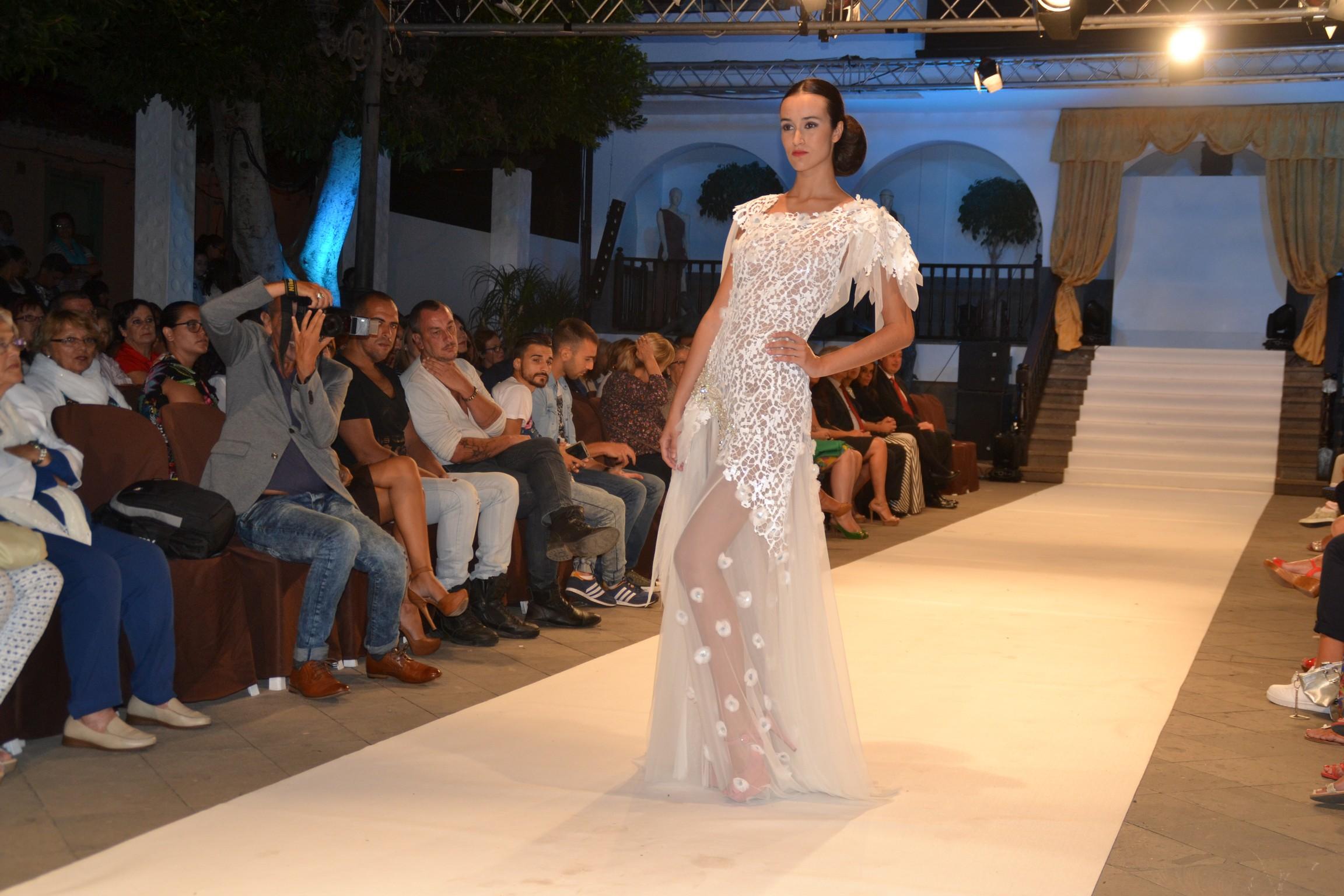Desfle de moda De Vega Alta Costura Foto Laura Miranda