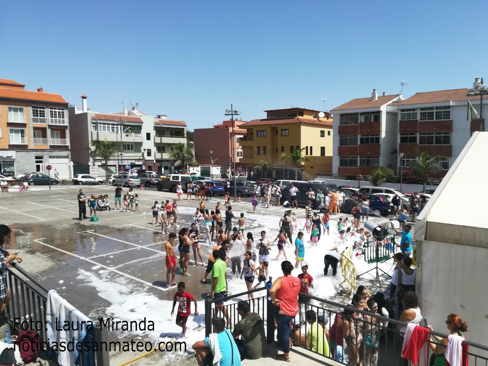 Fiesta de la espuma San Mateo 9 de sept. 2017 Laura Miranda