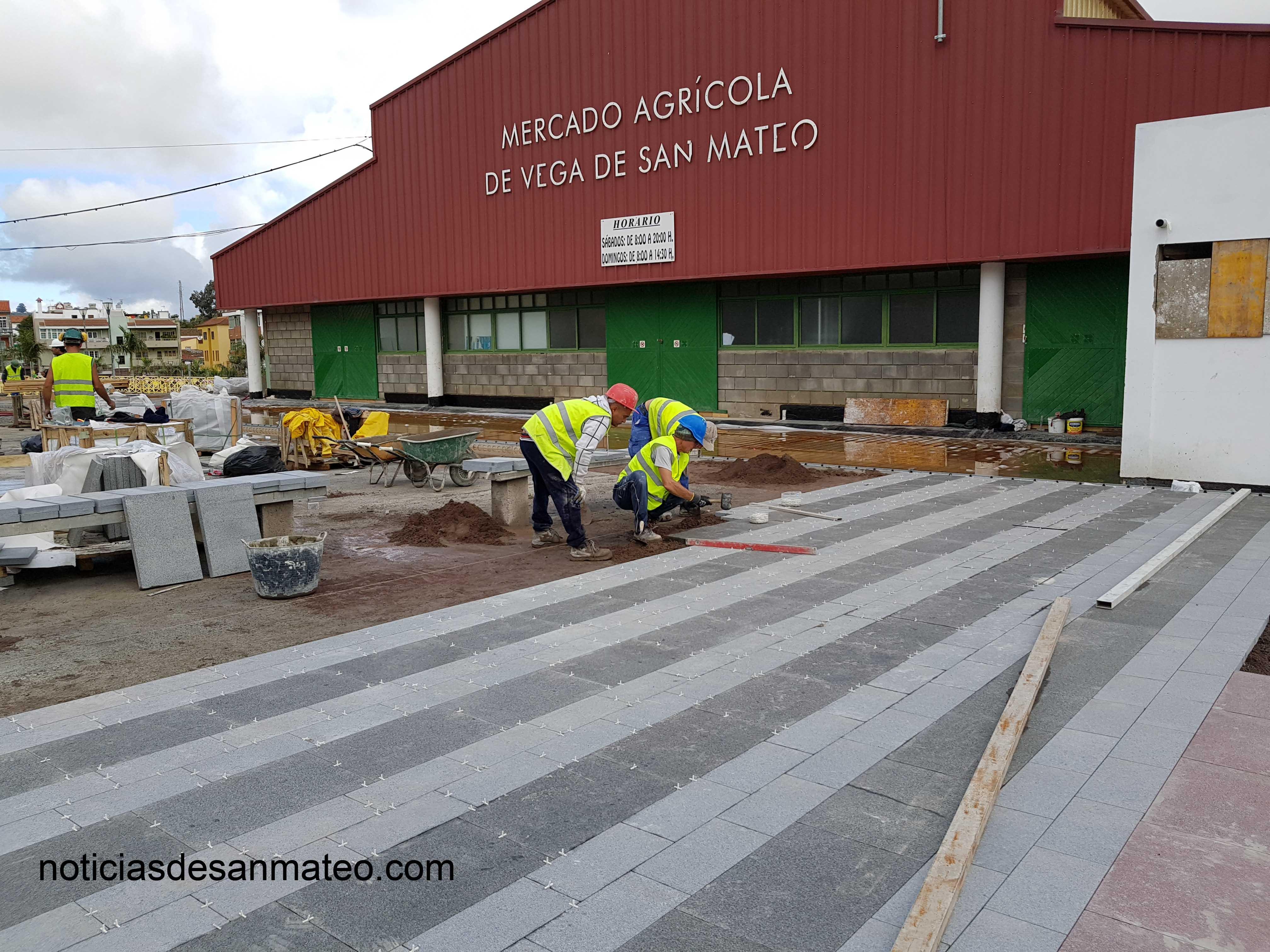 Instalacion Pavimento Mercado dic. 2016