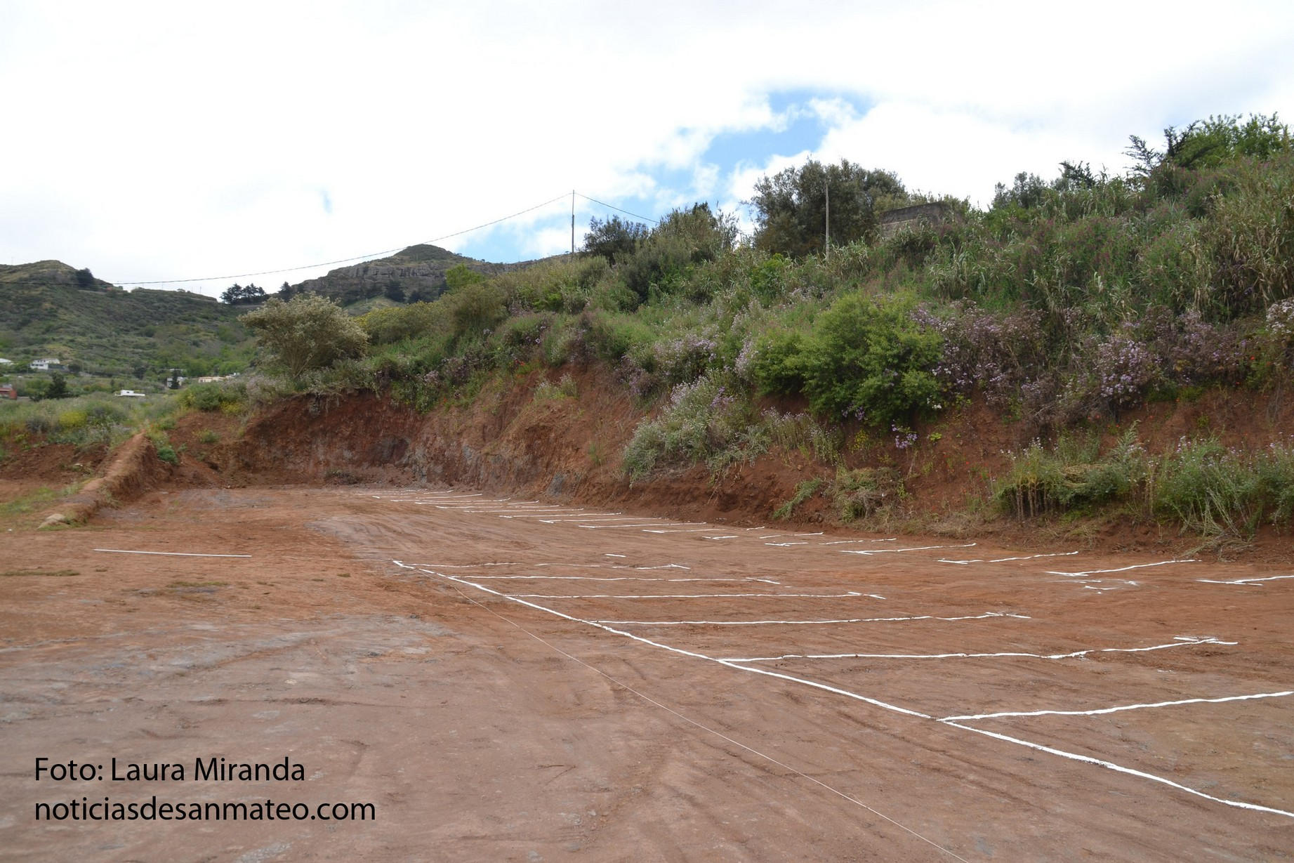 plazas aparcamiento hoya viciosa terreno foto noticias de san mateo