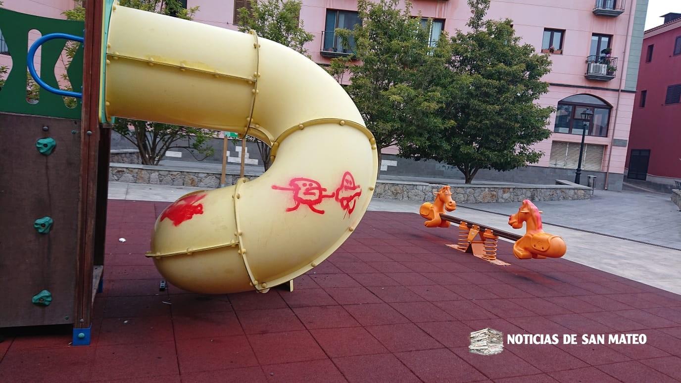 Actos vandalicos parque infantil del casco febrero 2019 Foto Noticias de San Mateo 10