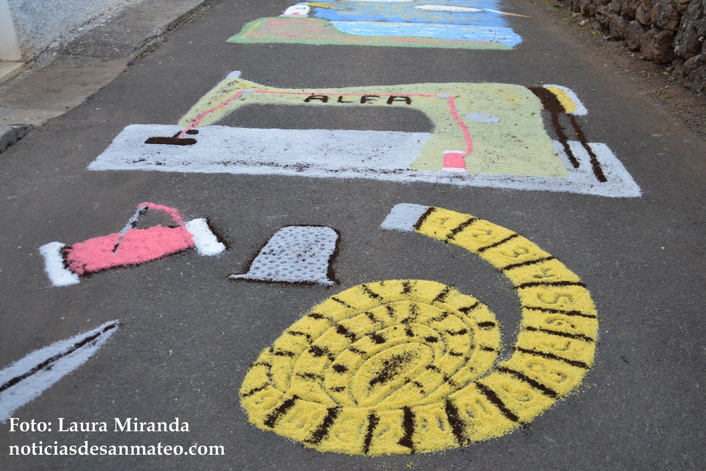 Alfombras Fiestas de Fatima calle La Palma 8 de mayo de 2016 Foto Laura Miranda 2