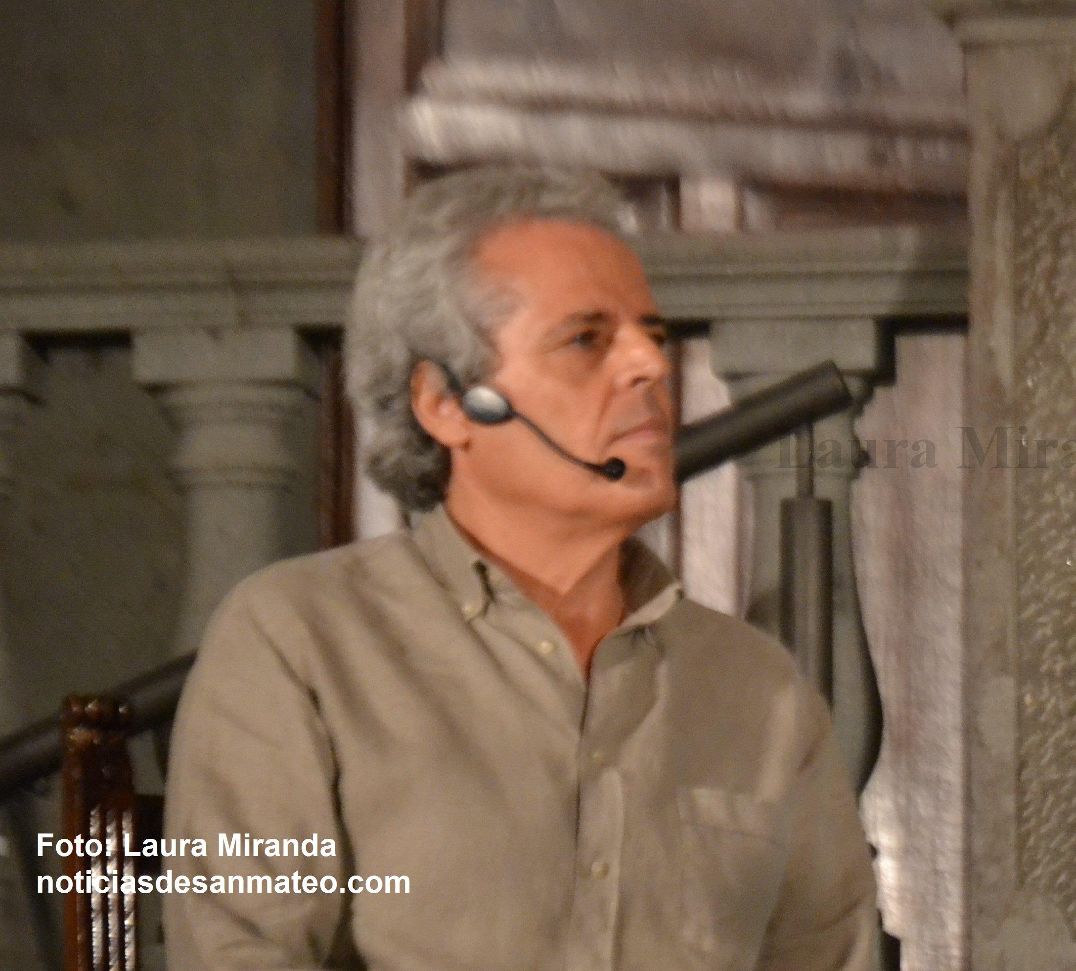 Andres Santana productor