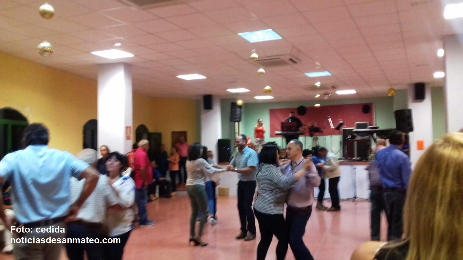 Baile solidario en Cueva Grande Por incendio foto noticias de san mateo 29 de octubre de 2017