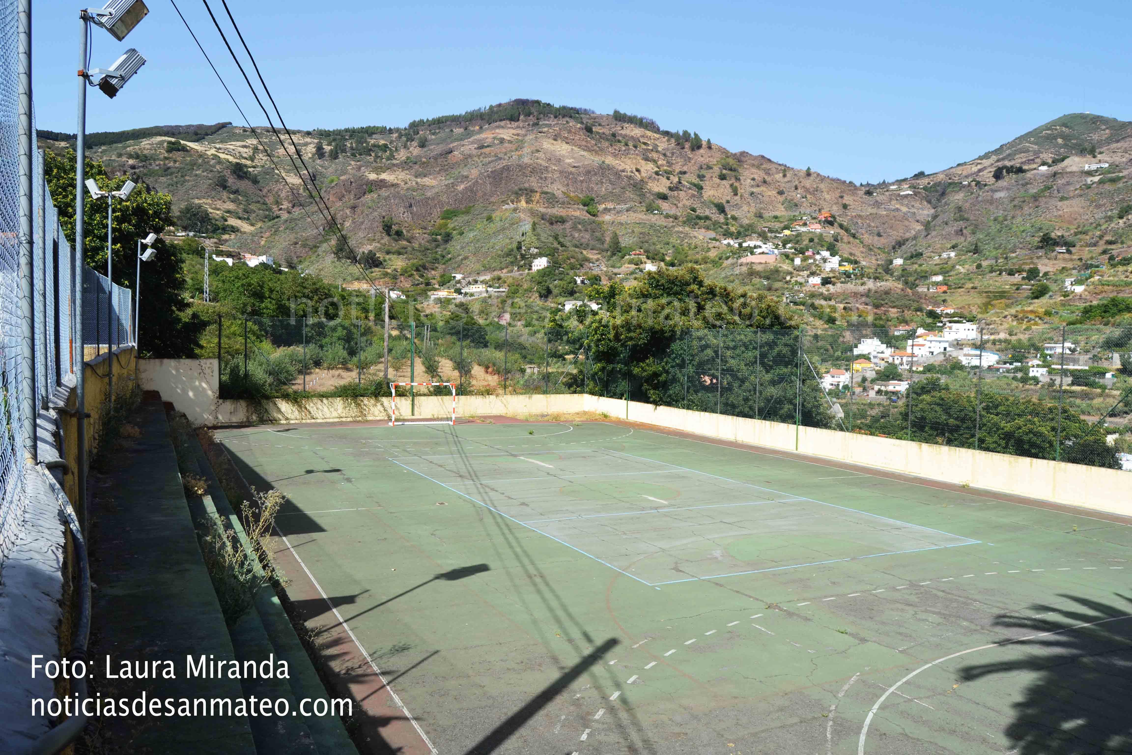 Colegio de Las Lagunetas cancha Foto Laura Miranda