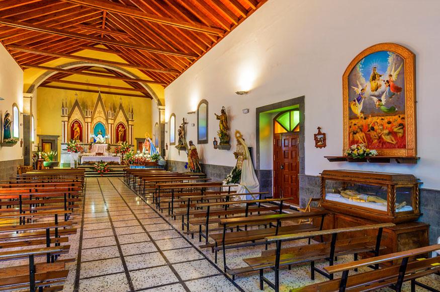 Iglesia Lagunetas smturistico