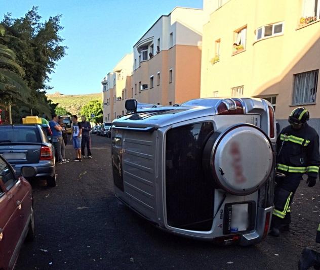 coche volcado