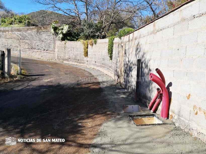 soterramiento alumbrado en Camaretas enero 2019 Noticias de San Mateo